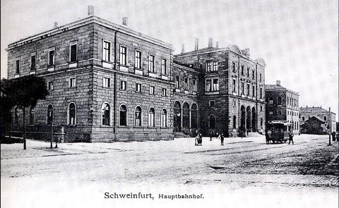 Zentralbahnhof (Hauptbahnhof) - mit Pferdebahnstation