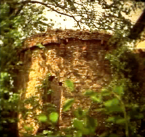 Der zweite Turm Richtung Main am Unteren Wall - heute Treppenabgang vom Wall in den Stadtgraben