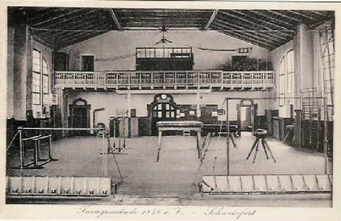 Turnhalle um das Jahr 1920