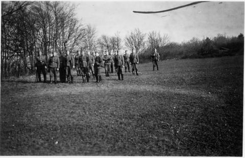 Ausbildung im Gelände - 2 - Mai 41 - danke an Harald Spiegel