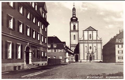 Links das Kolpinghaus mit alter Kilianskirche in Bildmitte - vor 1940