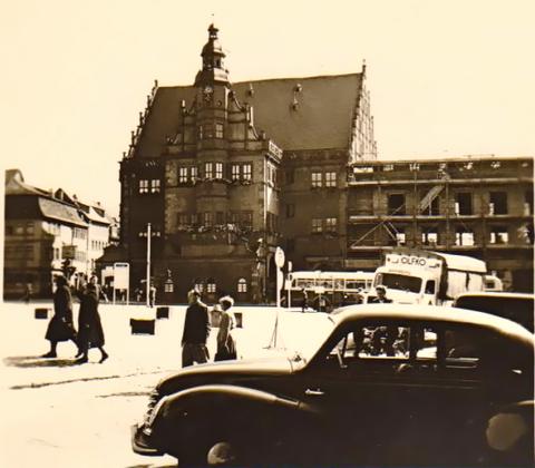 Das neue Rathaus im Bau - 1959
