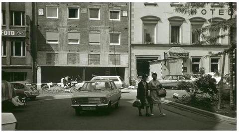 1972 - das Gebäude wird erweitert, heute ist dort das Restaurant Rossino