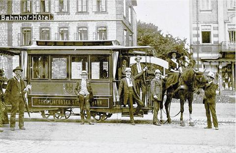 Die Pferdebahn am Hauptbahnhof