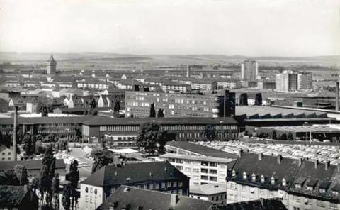 Blick vom SKF-Hochhaus zum Fabrikgelände Kugelfischer