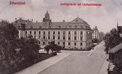 1908 - im Vordergrund die Straße Jägersbrunnen