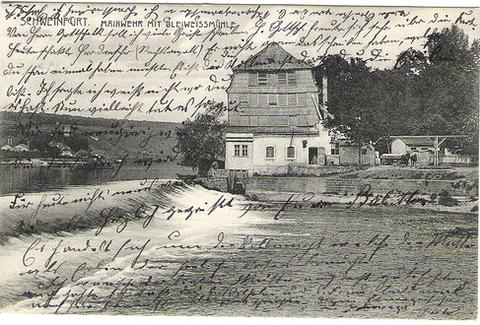 Die Bleiweißmühle am Main in Schweinfurt auf einer stark beschriebenen Ansichtskarte