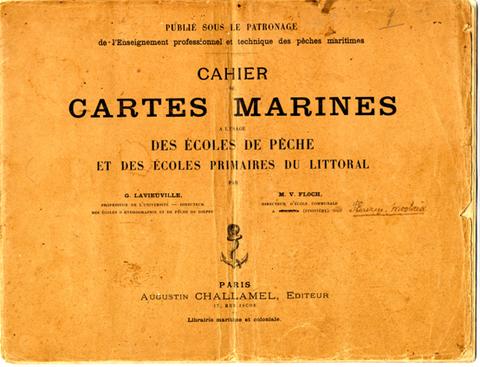 Couverture du cahier de cartes marines