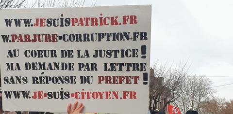 Manifestation à SAINT-QUENTIN le 10 décembre 2019 www.jesuispatrick.fr