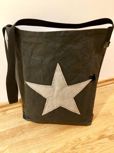 Umhängetasche aus SnapPap / SnapPap Bag