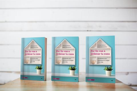 """Foto de el libro de Aorganizarte, """"Por fin vas a ordenar tu casa"""""""