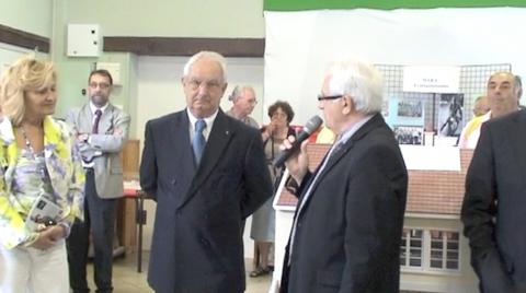 Inauguration : Laura Rossi, maire de Bagnacavallo, Antonio Damiano, président de l'association de Italiens de l'Aube, Yves Fournier, maire d'Aix-en-Othe