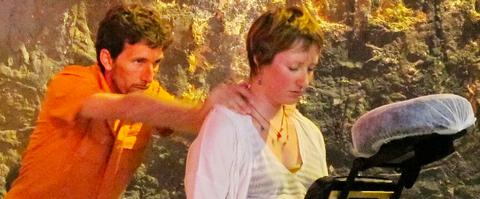 Massage Amma assis - Bien-être et Vitalité en Entreprise, Evènementiel et pour les Particuliers - Pierre Chatelain Marseille