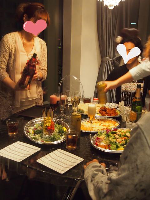女子は皆ノンアルコールで乾杯^^