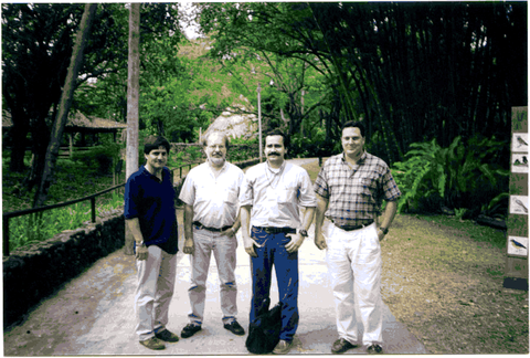 Diplomado en Bioligia y ecologia de mariposas neotropicales Cali, junio 2001