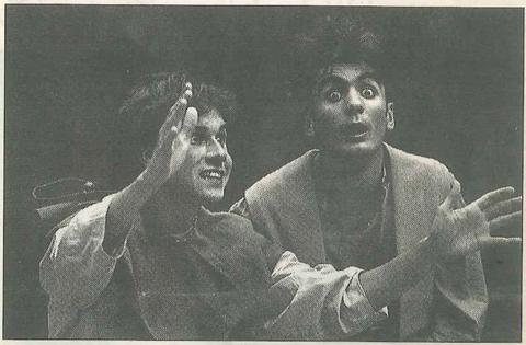 TEATRO. Dos actores del grupo Kilkarrak (Foto: M. Trébol)