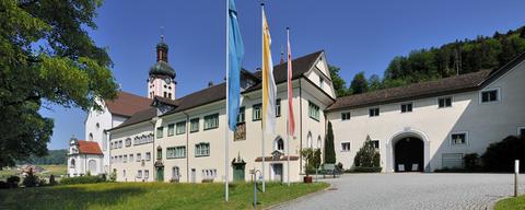 Kloster Westansicht