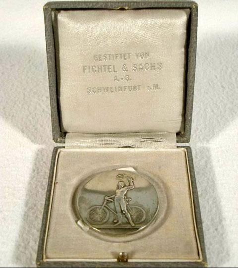 oder bronzefarben Medaille 100 Jahre Berliner Sportverein 1892 e.V. gold Medaillen
