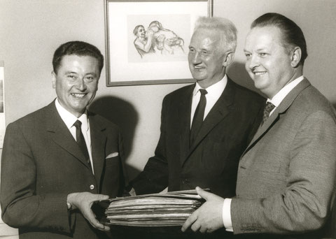 Paul Eichhorn, Kämmerer, Oberbürgermeister Wichtermann u. (rechts) Heinz Frenkel