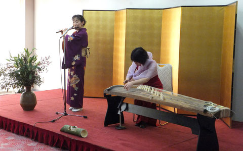 篠笛とお琴の演奏