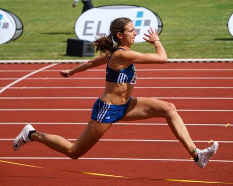 Klaudia Kaczmarek holte mit 12,70 m im Dreisprung Silber. (Foto: Simon Heweling)