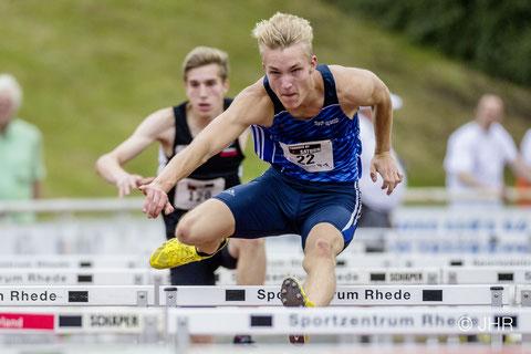 Hürdensprinter Henry Vißer belohnt sich mit zwei persönlichen Bestzeiten und wird Sechster der U20-DM. (Archivfoto: Jan-Hendrik Ridder)