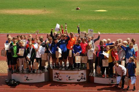 Die Grundschüler aus dem gesamten Kreisgebiet waren von der 1. Kinderolympiade und dem Besagroup-Sportpark sehr begeistert.
