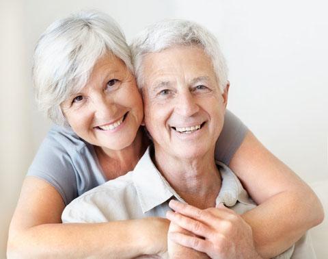 Behandlung von Senioren in der Praxis für Osteopathie und Naturheilkunde in Hamburg-Bergedorf, Sachsentor 13