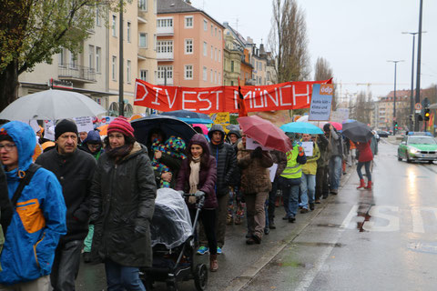 Divest München! Raus aus Kohle, Erdöl und Erdgas!