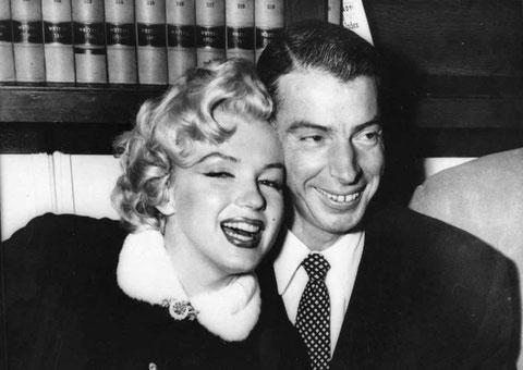 Nella foto Joe DiMaggio con Marilyn Monroe
