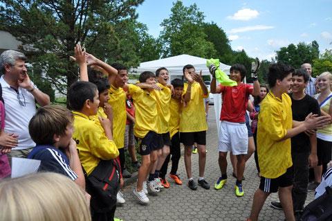 Beim Minifeldturnier erreichte die Mannschaft Türkisch Power den ersten Platz (Sept 2012)