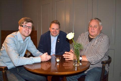 3 Jevenstedter ausgezeichnet: 35 Jahre Schiedsrichtertätigkeit an einem Tisch vereint
