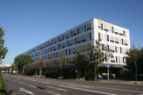 Gewerbehof_MGH_Laim_Parketterei GmbH