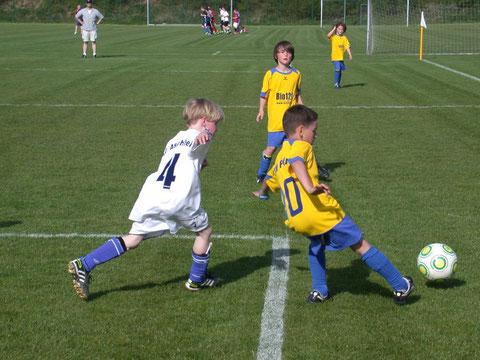 Spielsituation TSV Poing F3 - 27.04.2012 gegen FC Aschheim