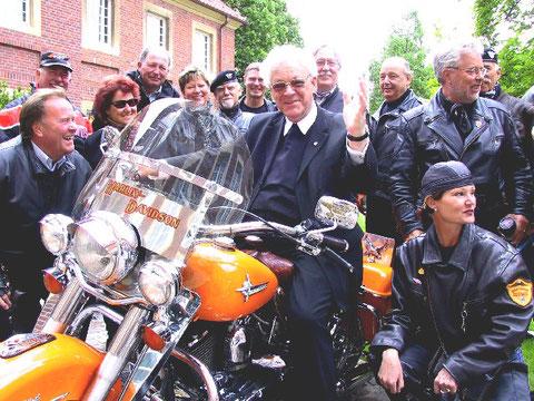 Auf einer Harley Davidson