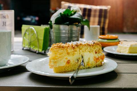 Hausgemachte Torten & Kuchen...