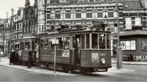 Lijn 2, Willemsparkweg, rond 1956. Bron: www.amsterdamsetrams.nl