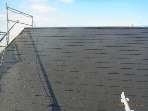 熊本市東区〇様家のコロニアル屋根を高耐久・防カビ・防藻塗料で塗装しました。ダークグレーカラー使用。