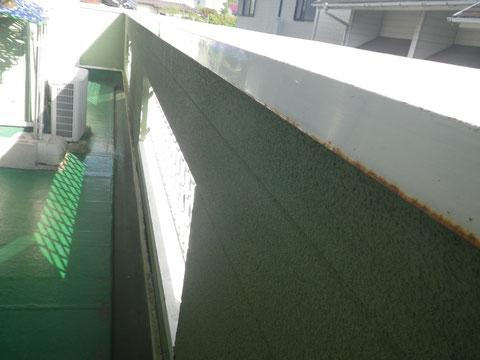熊本T様家。ベランダ内部壁塗装前 BEFORE