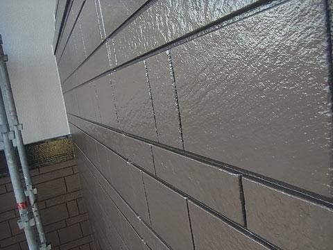 熊本市K様家の外壁塗装2カラー使用。目地色違い塗装完成。高耐久塗料使用。