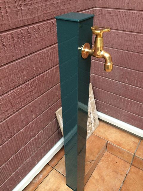 熊本市I様家の水道栓をおしゃれグリーンにて塗装完成。