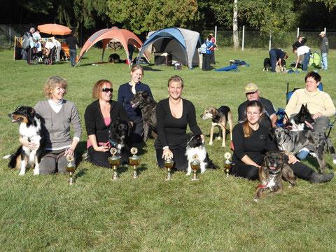 Pokale - oho - Eine tolle Truppe aus dem Hundeverein Gauangelloch