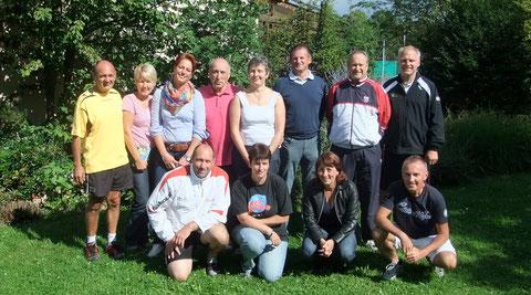 Von links nach rechts, hinten: Roland Eisert, Eva Frai, Martina Sommer, Klaus Bergmann, Tanja Eschmann, Klaus Reitzmann, Oliver Kratz, Florian Blank. Vorne: Florian Blank, Petra Blank, Sandra Heilos und Toni Ostoin.