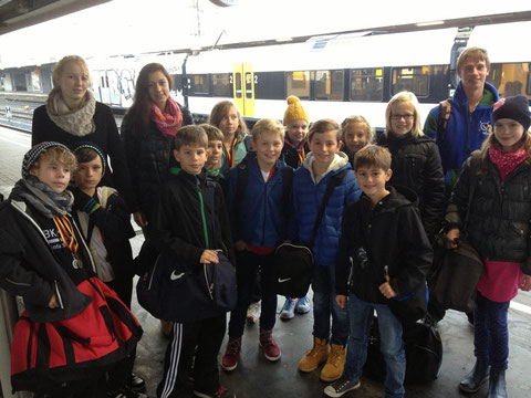 Das Team am Bahnhof in Hamm nach erfolgreichem Wettkampf