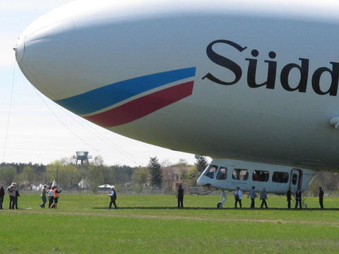Passagierwechsel beim Zeppelin NT