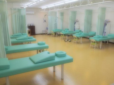 深谷市 接骨院 施術室