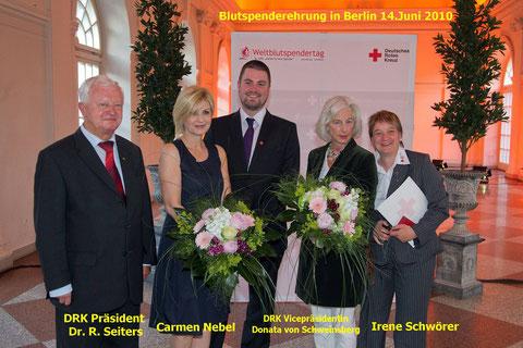 Irene Schwörer wird in Berlin geehrt