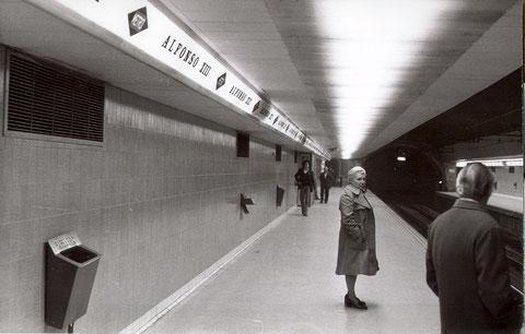 Andenes de la estación de Alfonso XIII. 6 de febrero de 1975. Colección César Mohedas.