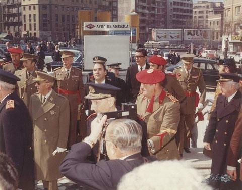 Salida de autoridades en la estación de Avenida de América. 26 de marzo de 1973. Foto Metro de Madrid.