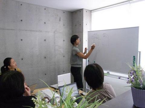お教室開業などで起業したい女性達に向けて、セミナーやランチ交流会を開催しています。『初めの一歩』のお手伝いをしていきたいです。